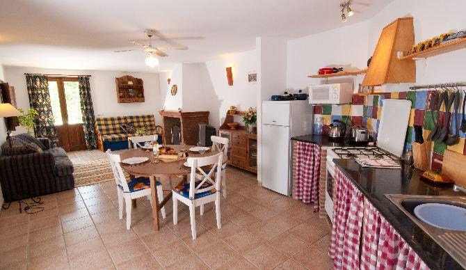 La Panaderia is a popular apartment with 2 double bedrooms and 2 bathrooms